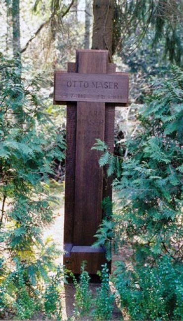 Rekonstruiertes Grabkreuz